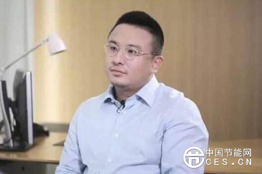 他被誉为外卖界的马云 带着三个同学送外卖8年赚了300亿