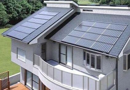 湖南娄底:光伏发电的屋顶向着太阳铺开