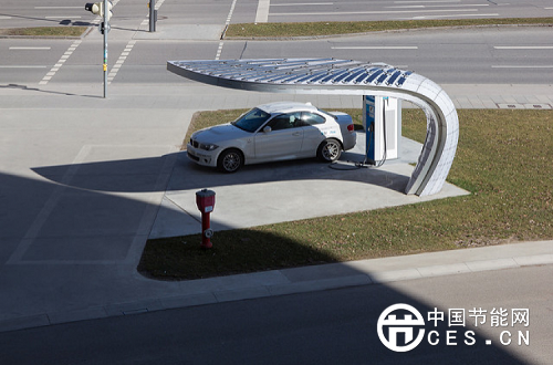 到2018年马来西亚拟部署100座太阳能电动汽车充电站