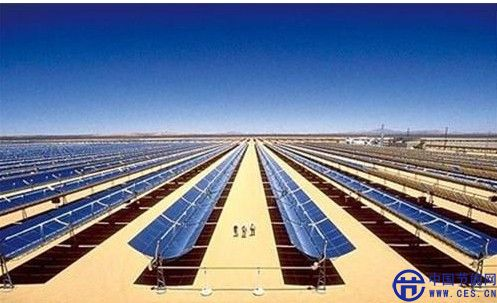 2,采集太阳能的地点的地理位置要求不高;相对而言,水电站或风