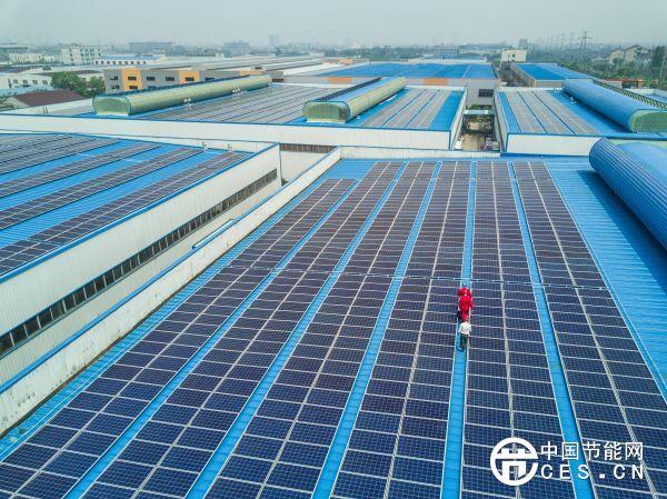 """美媒称中国将赢得新能源战争:美国悄然""""让出""""优势地位"""